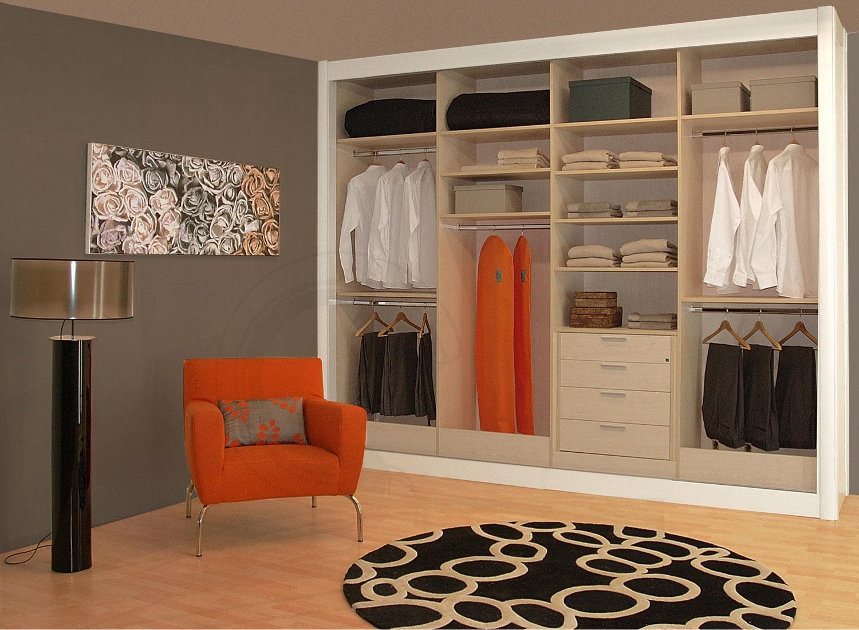 Mobiliario moyanos carpinteros for Cortinas para puertas de armarios
